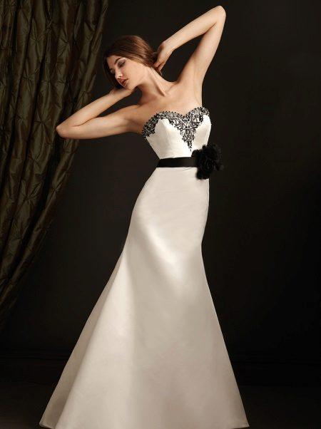 57544cff8b89 Najkrajšie modely svadobných šiat. Nové modely svadobných šiat